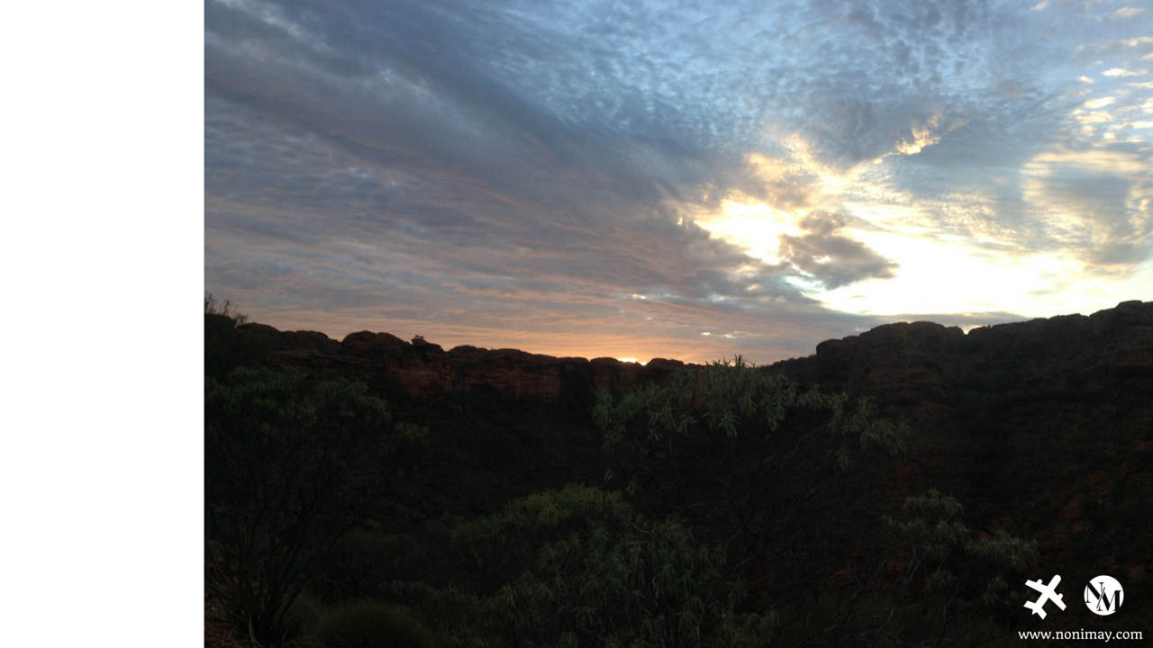 Australian outback travel guide and tours. Outback clothing and pack list, outback camping hacks, Ayers Rock, Watarrka, Uluru, Kata Tjuta and King's Canyon
