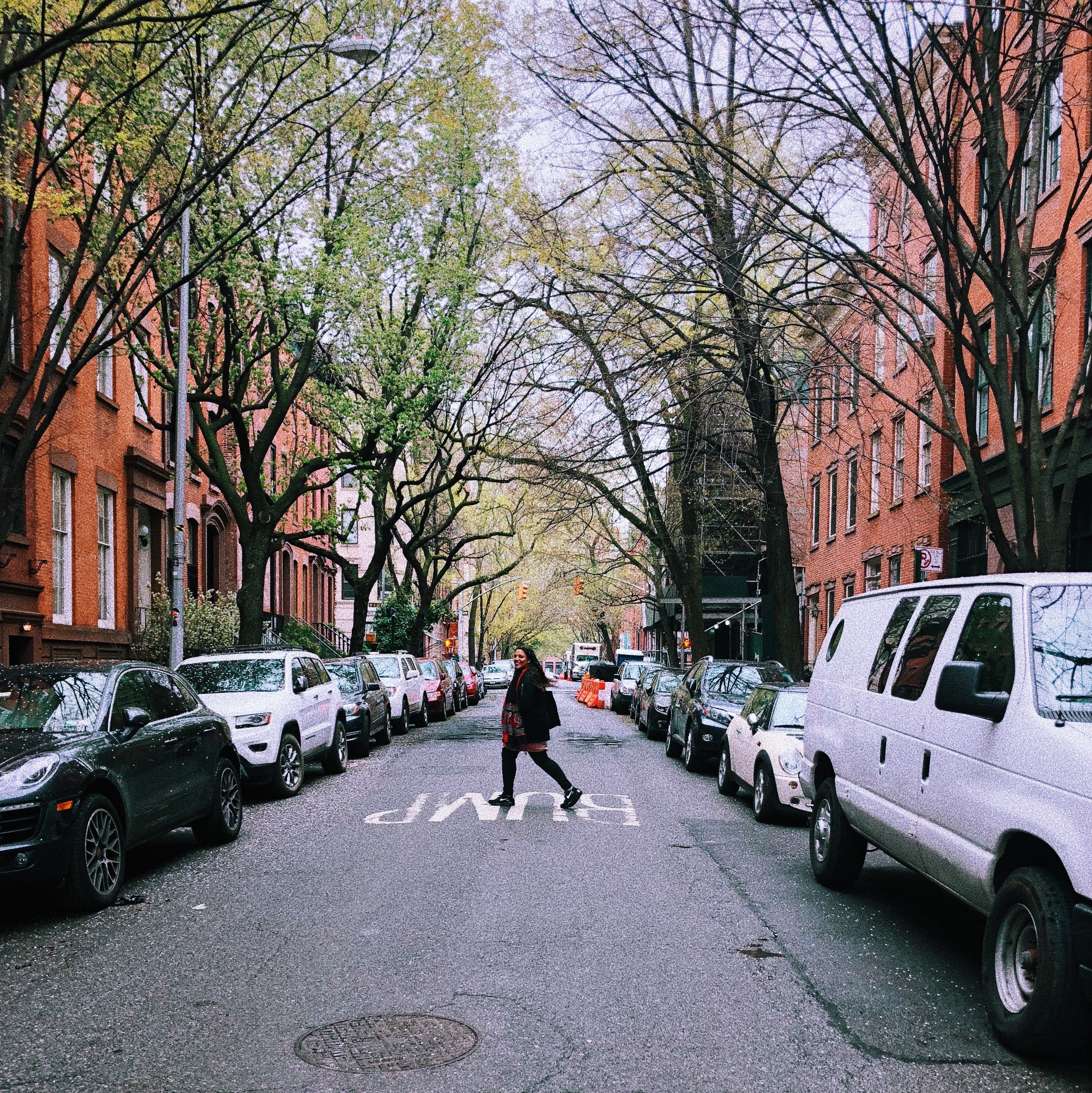 5 Instagrammable locations in NYC you can't miss in Instagram New York Park Slope brownstone